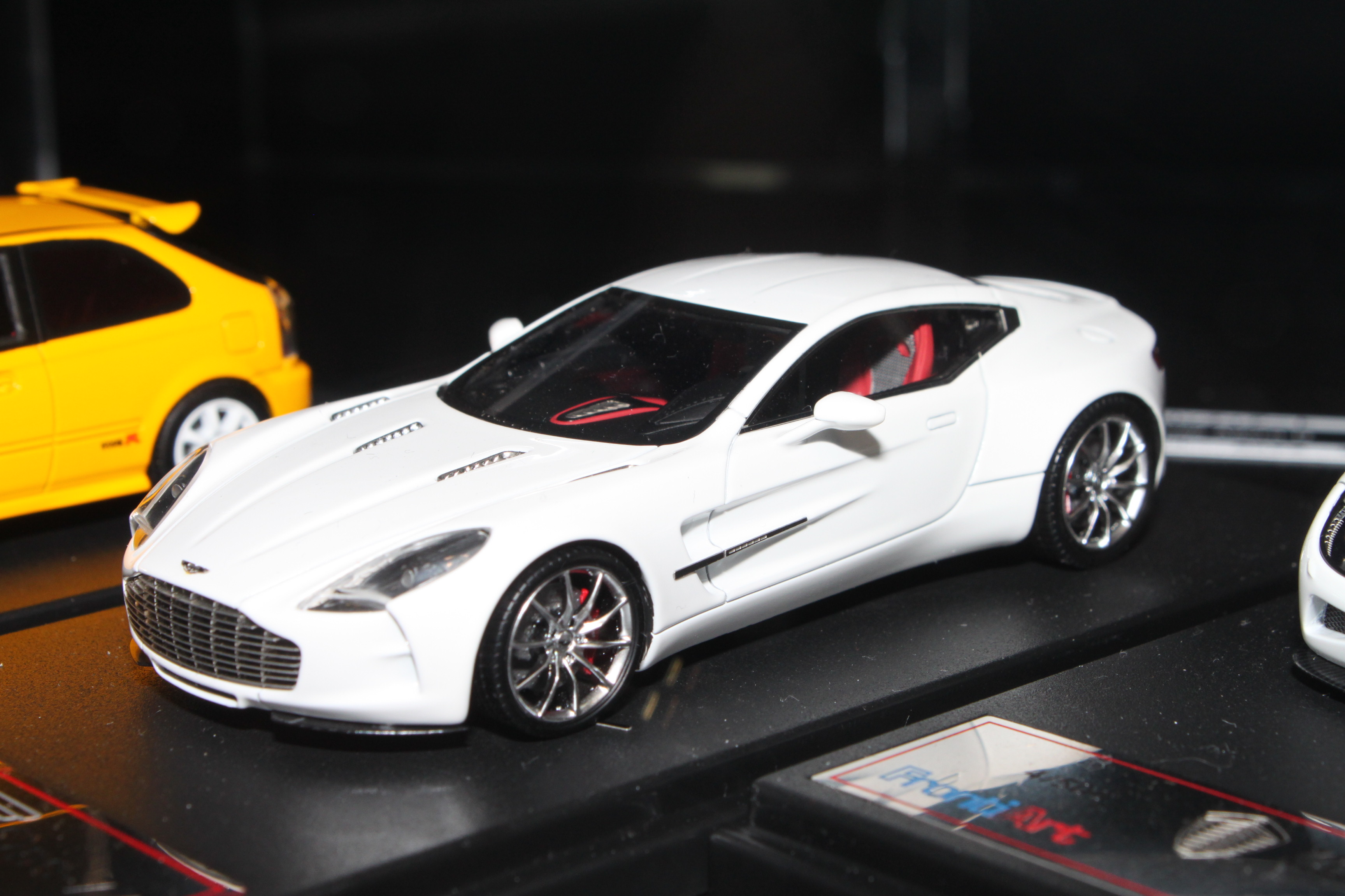the new tecnomodel - aston martin one-77 with  - diecast